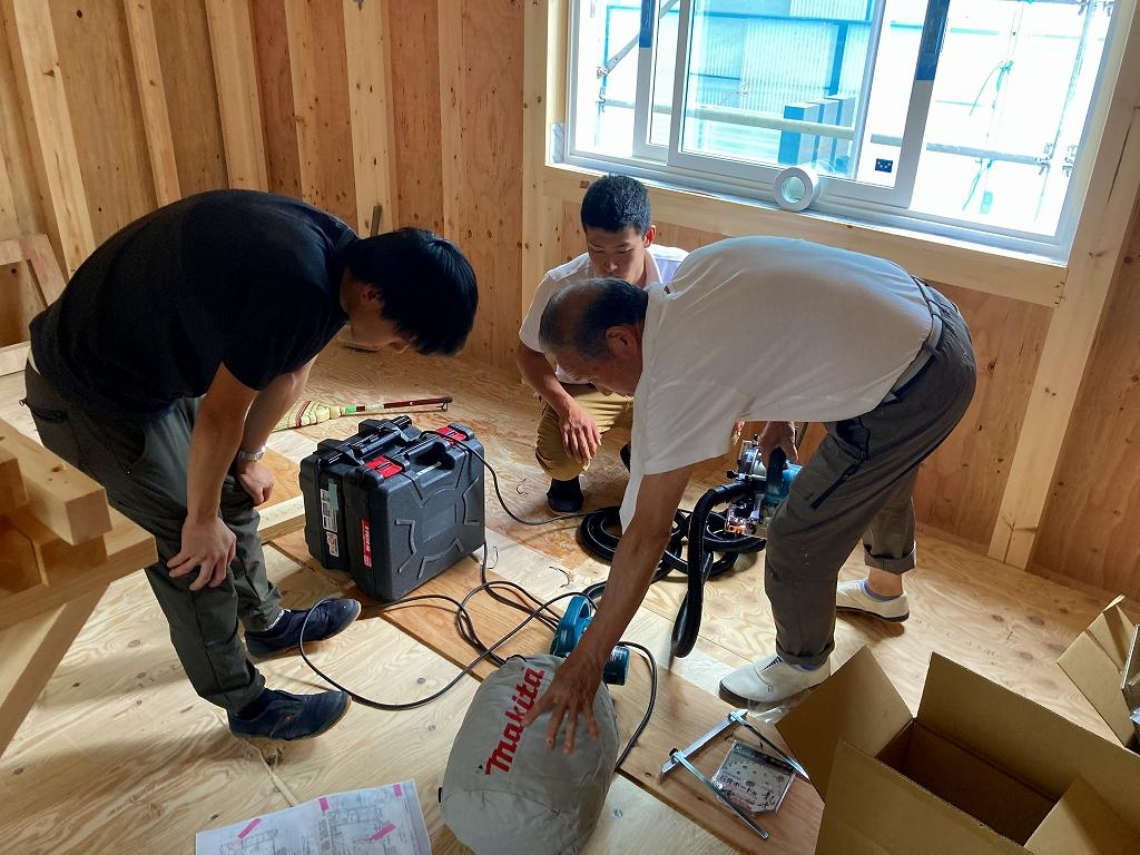 横浜市の工務店「せらら工房」のイベント&ニュース 新人大工さん