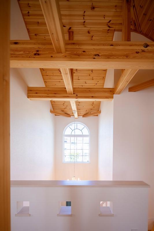 横浜市の工務店「せらら工房」のブログ 白いレンガの家の完成写真