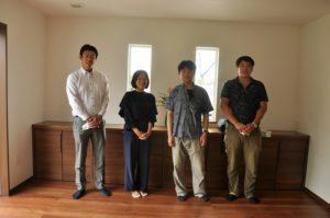 神奈川の工務店、レンガの家が完成。