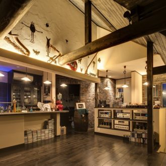 横浜・東京でレンガの家の注文住宅、新築、戸建てを建てるなら、せらら工房へ。