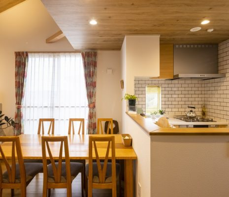神奈川の工務店「せらら工房」の施工事例 光と風を感じる2階リビングの家
