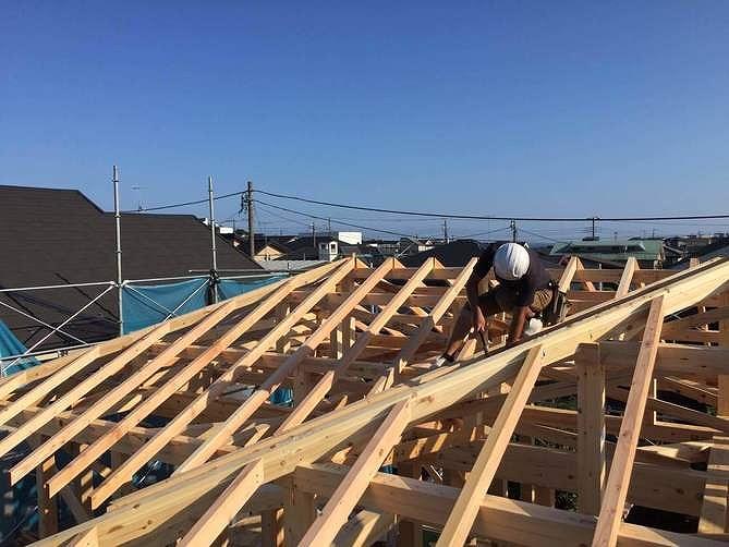 神奈川の工務店、上棟、地震い強い構造。